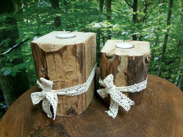 Bougeoirs en bois centenaire ensemble de 2 5'' et 7'' Poutre grugée par les insectes 27,95$ 15 dispo