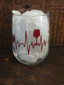 Verre de vin avec citation - Coupe de vin (battement de cœur)